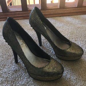 Rachel Rachel Roy Gold Platform Heels 👠