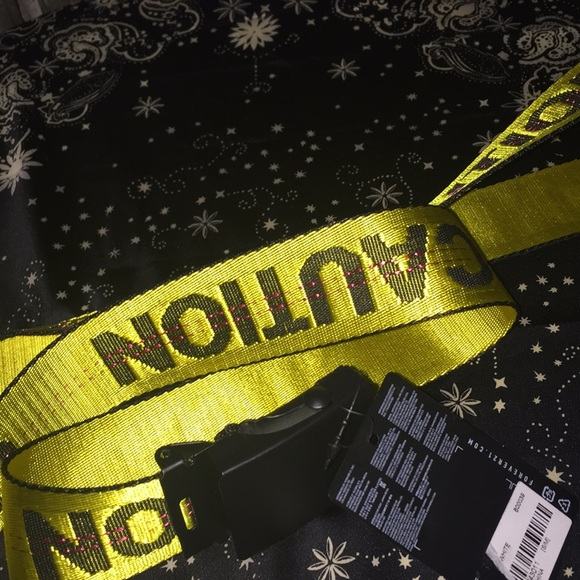 Forever 21 Accessories - Forever 21 caution belt one size