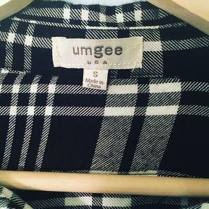Umgee Black Plaid Flannel Blouse w Fringe Sz Small