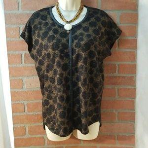 Vince Camuto Sz XS faux leather trim shirt top