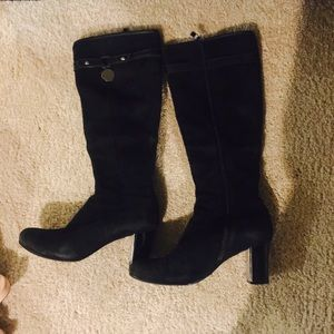 Black leather suede boots