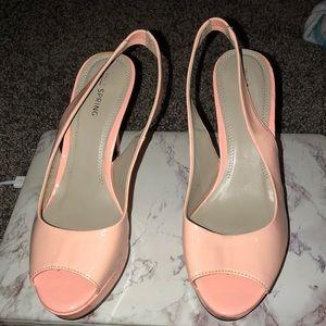 Open-toe pink heels