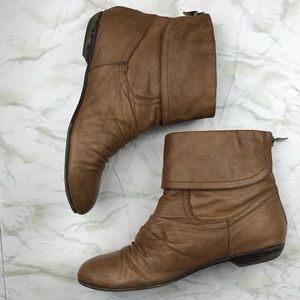 Chinese Laundry Cognac Booties with Back Zip