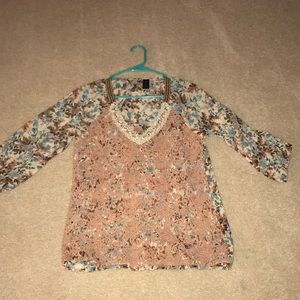 BKE boutique blouse only worn once!! Embroidered