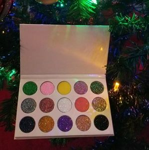 AUTHENTIC Mery cosmetics glitter eyeshadow palette