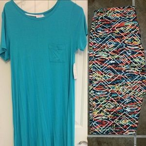 Lularoe Carly and leggings outfit
