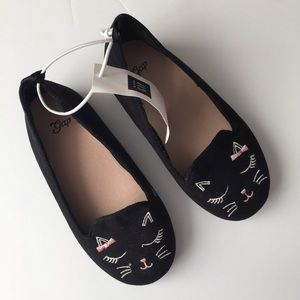 Gap kitty shoes