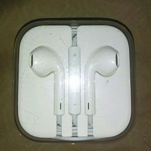 Apple Head phones