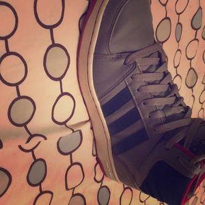 Adidas Mid/ Top