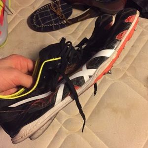 Asics mid distance spikes track size 11