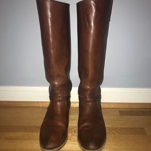 Size 8 Frye riding boots