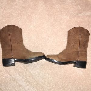 Youth size 11 cowboy boots