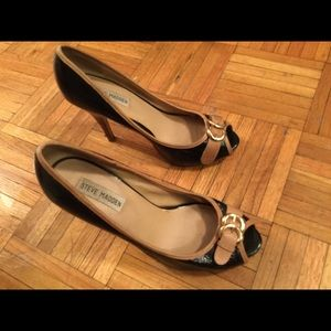 Steve Madden heels with buckle very chic