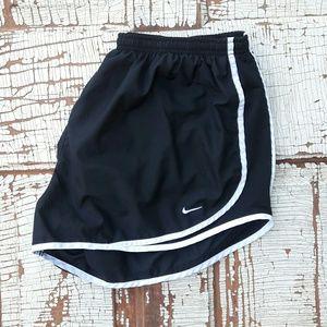 Nike dri-fit black and white shorts 2x