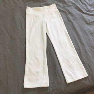 Lululemon gather and crop white legging