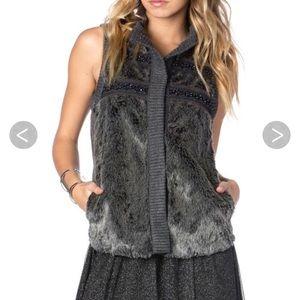 Miss Me Faux Fur Grey Vest