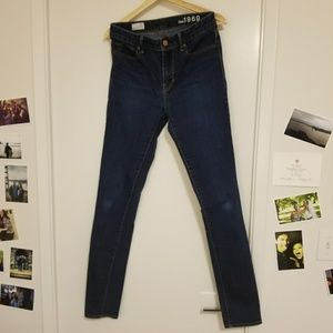 GAP high rise skinny jeans, size 28 tall