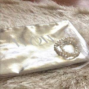 Handbags - Metallic Makeup + Bonus Pearl Bracelets✨👽✌️