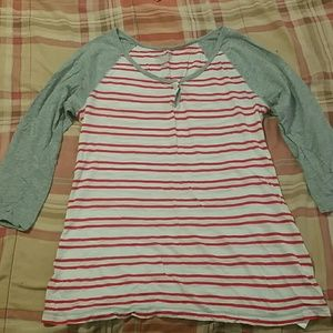 Old Navy 1/4length x-small shirt