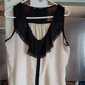 Maurices sheer front/cotton back top. Size xl