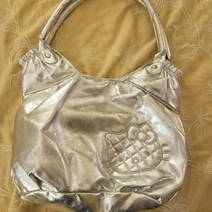 HELLO KITTY SILVER BAG