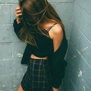🎄brandy melville plaid skirt🎄