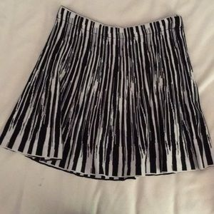 Elegant black and white skirt