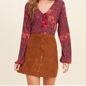 Hollister Loose Elephant Print Maroon Top
