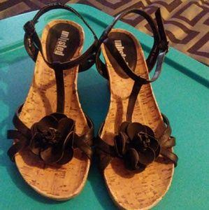 Size 8, Unlisted:A Kenneth Cole sandal