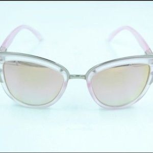 Pink quay cat eye sunglasses