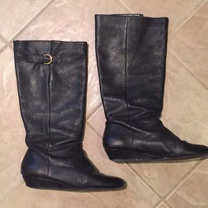 Black Leather Short Heel Boots
