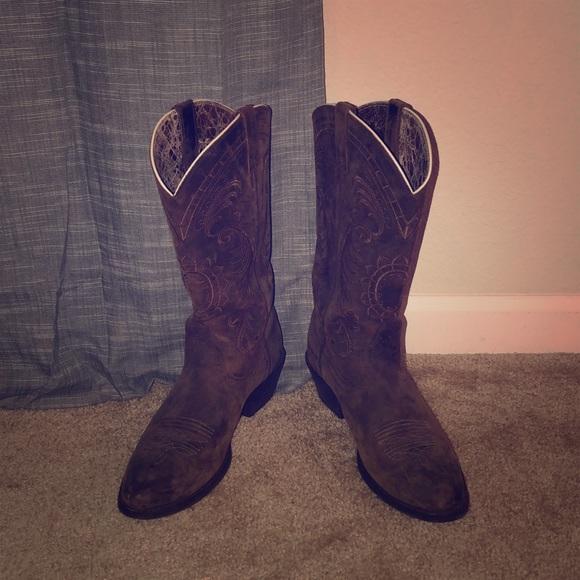 2fd52f84bc Ariat Shoes - Ariat Magnolia Sunflower Stitch Round Toe Boot