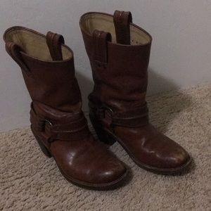 FRYE Boots! Worn But Lots of Life Left! Sz 6!