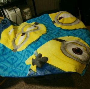 Soft Minion blanket!