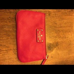 NWOT Kate Spade Leather Wristlet