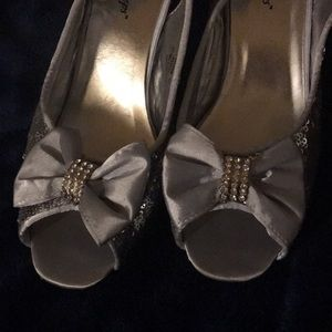 Size 8M silver sequin shoes
