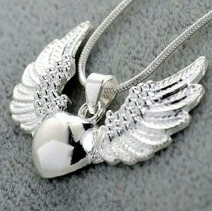 925 SILVER WINGED HEART NECKLACE.