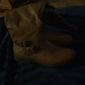 Brown zip up over the calf size 8 boots