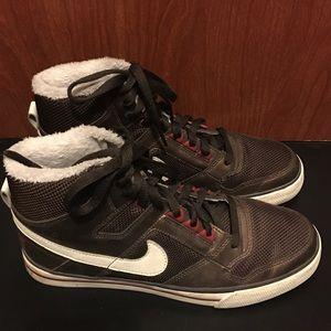 Brown Vintage Style Nike