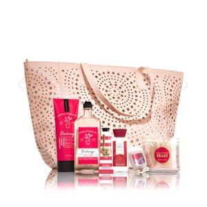 Bath and Body Works 2017 Black Friday Tote Blush