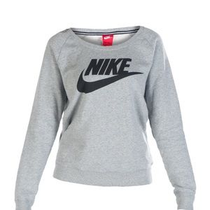 NIKE Sportswear Rally Crew Sweatshirt, size M.
