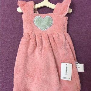NEW Cute Dress Style Hand Towel