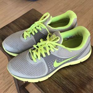 Nike Lunarswift 4 size 7.5