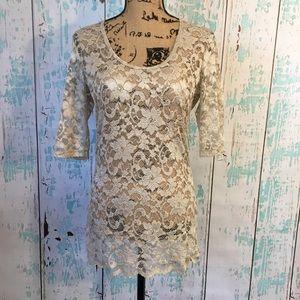 BKE lace tunic size large