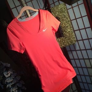Nike pro dri Fit Sz S