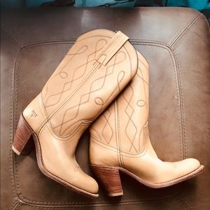 Frye Leather Boots for Ladies Size 6