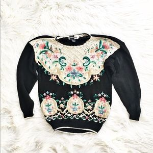 Vintage 90's floral embroidered oversized sweater