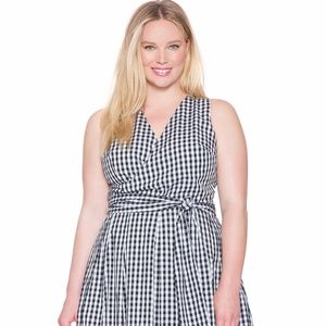 Eloquii Gingham Surplice Dress New
