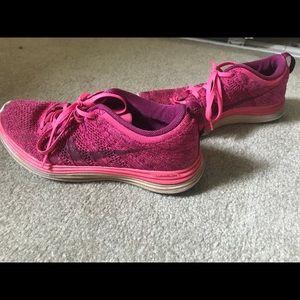 Women's Nike Tennis Shoes.