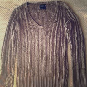American Eagle Gray V-neck cable knit sweater XL.